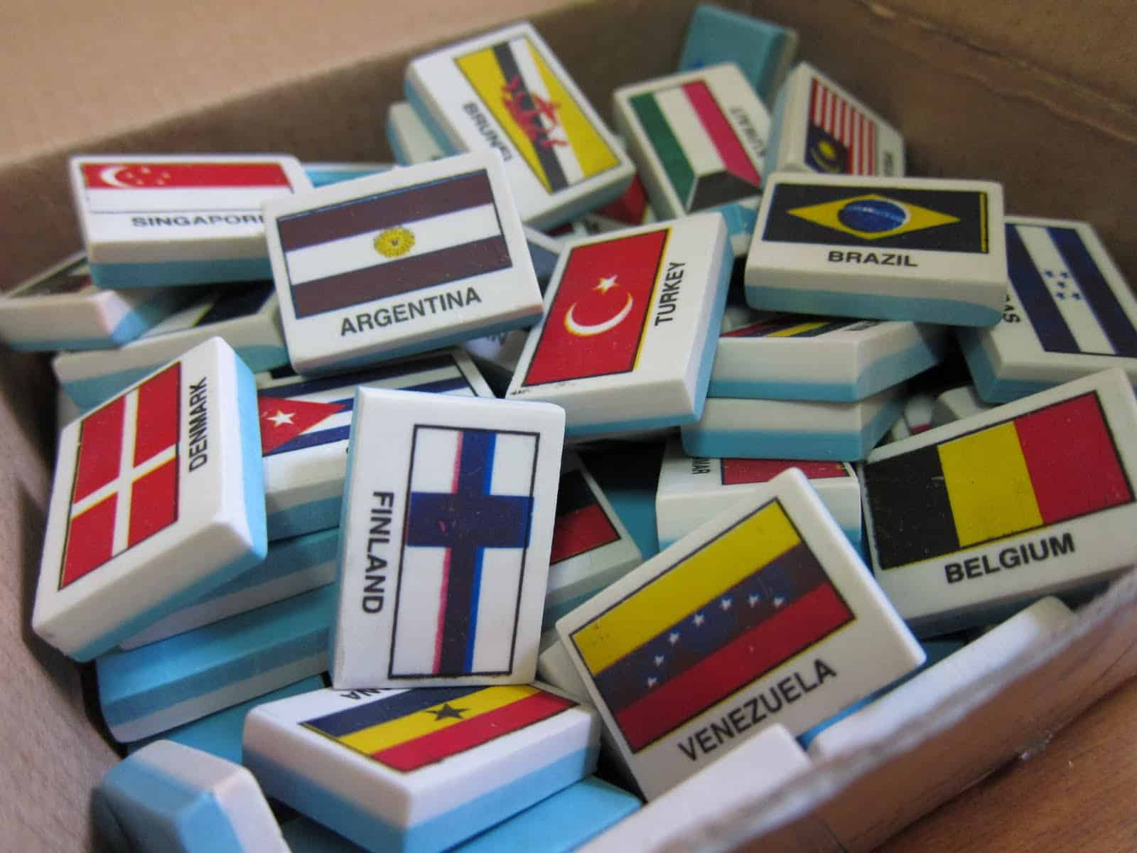 Country Flag Eraser War