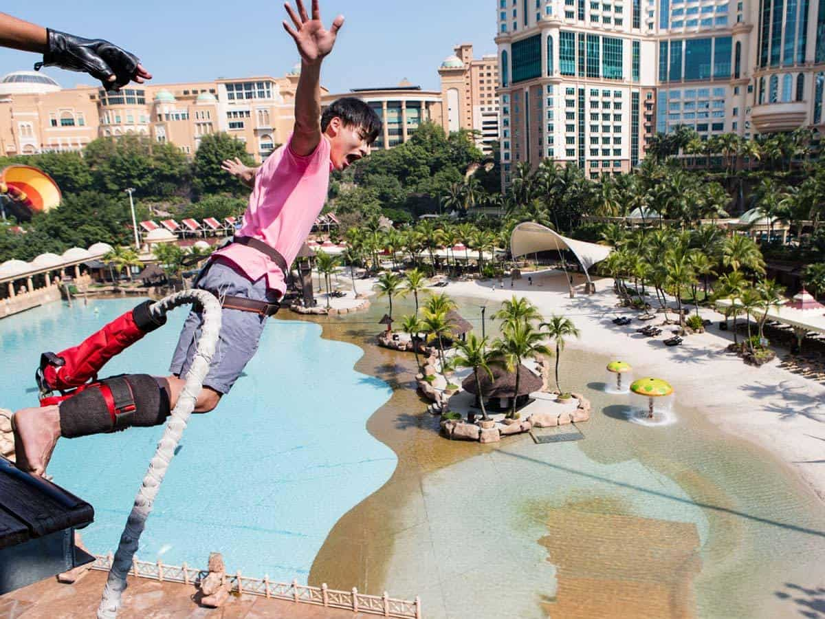 Thrilling Rides in Sunway Lagoon - Bungee Jump